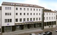 umgebautes Bankgebäude